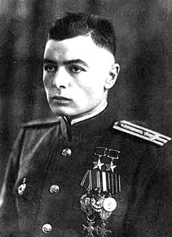 Дважды Герой Советского Союза Василий Степанович Петров.