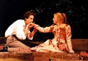 Татьяна Шелига в роли Донны Клотильды в спектакле «Фердинандо».